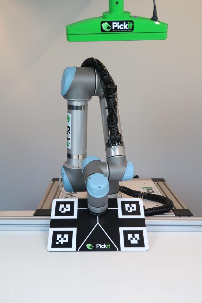 How to execute robot camera calibration — Pickit 2 0